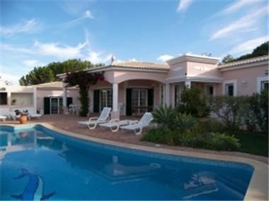 House for sale in Luz