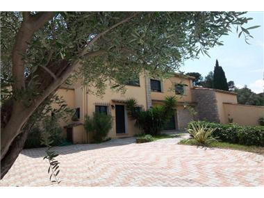 Old House for sale in Grasse