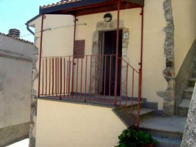 Apartment/Flat for sale in San Valentino in Abruzzo Citeriore