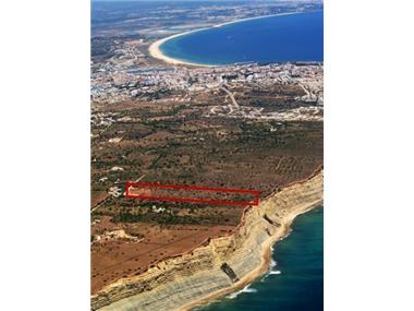 Plot Of Land for sale in Atalaia