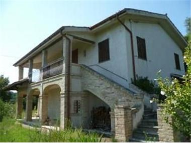 Property - Farm Stone House for sale in Carassai