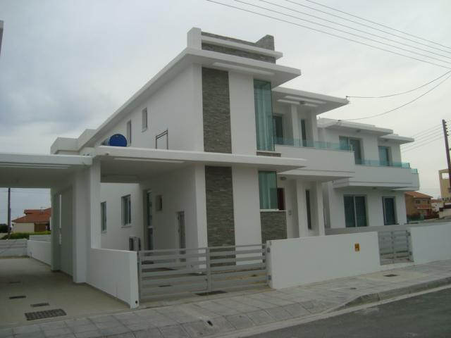 Distressed Property in Livadhia