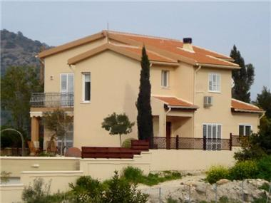 Detached House for sale in Phinikaria
