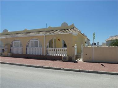 Semi Detached for sale in Los Palacios Camposol