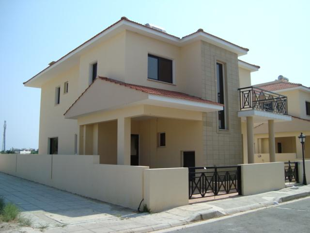 Townhouse for sale in Voroklini