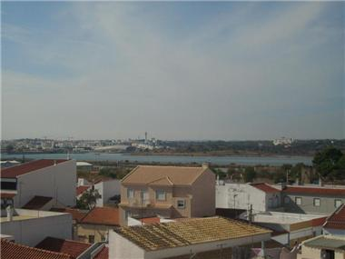 Apartment       for sale in Parchal