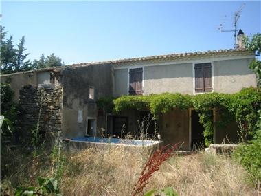 Farm for sale in Cucuron