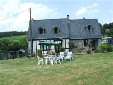Cottage for sale in Saint-Christophe-de-Chaulieu