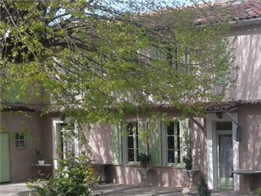Villa for sale in Chateauneuf-Grasse