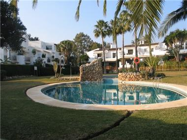 Town House for sale in Atalaya Golf