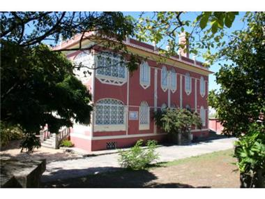 Villa for sale in Oliveira do Hospital