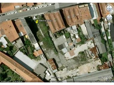 Plot for sale in Porto