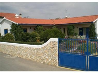 Villa for sale in Serta