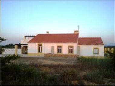 Villa for sale in Odemira