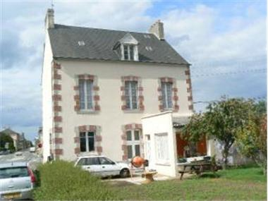 House for sale in Landivy