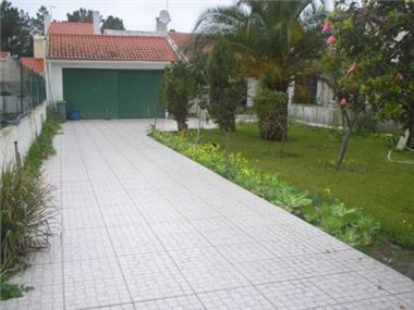 Plot for sale in Sesimbra