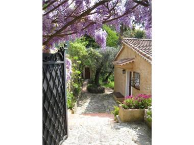 Villa for sale in Grasse