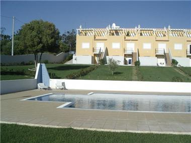 Villa / Townhouse for sale in Albufeira