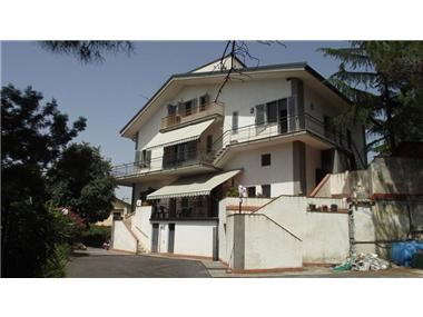 House/villa for sale in Pedara