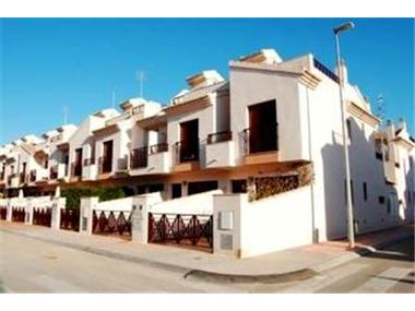 Town House for sale in Balsicas