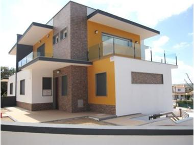 Villa for sale in Sesimbra