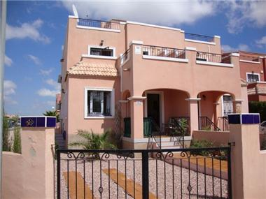 Townhouse for sale in Los Montesinos
