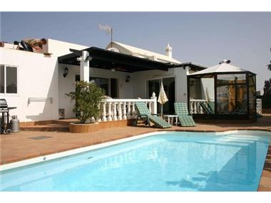 Villa for sale in Puerto del Carmen