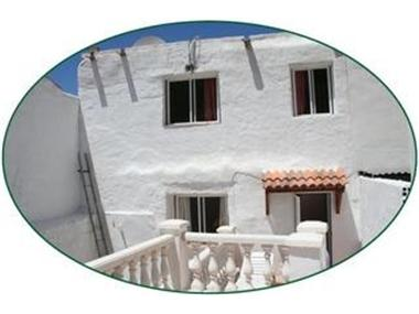 Townhouse for sale in Iznate