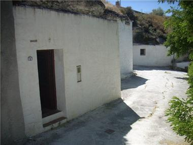 Cave House for sale in Orce
