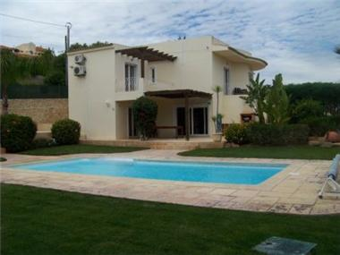 Villa for sale in Boliqueime