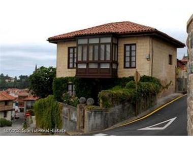 Villa for sale in Comillas