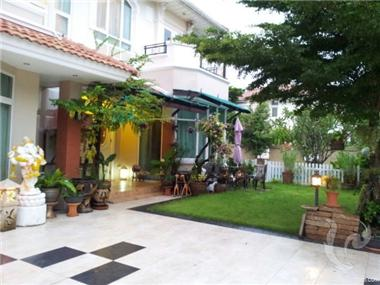 Villa for sale in Bangkok