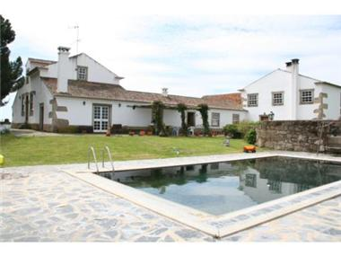 Rural House With Land for sale in Castelo Branco