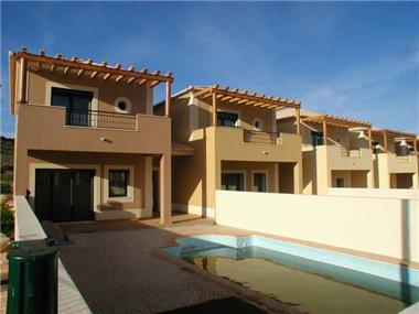 Townhouse for sale in Vila do Bispo