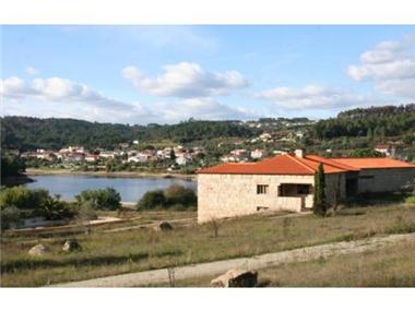 Rural House With Land for sale in Mangualde