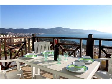 Flat/apartment for sale in Altinkum