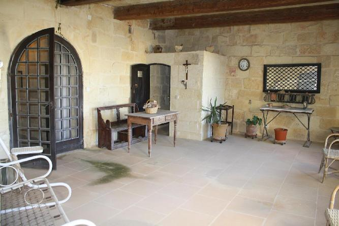 Distressed Property in Xaghra