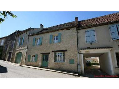 Group Of Buildings for sale in Degagnac