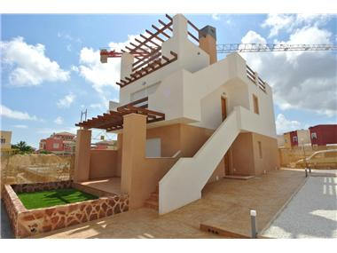 Bungalow for sale in Los Balcones