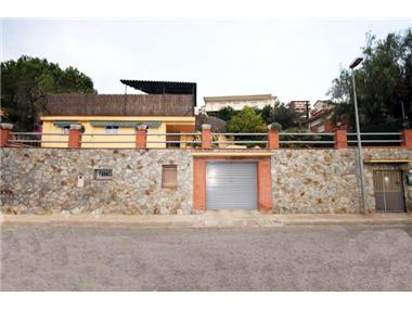 Villa for sale in Corbera de Llobregat