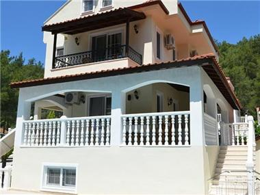 Villa for sale in Hisaronu