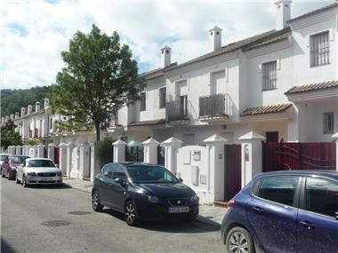 Townhouse for sale in Guadiaro
