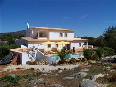 Villa for sale in Estoi