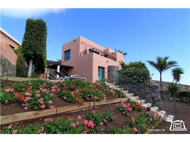 Villa for sale in Maspalomas
