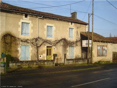 Maison for sale in Ruffec