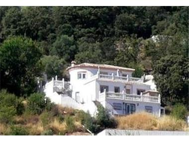 Villa for sale in Puerto-Lopez