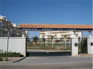 Apartment       for sale in Almerimar