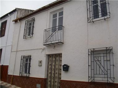 Townhouse for sale in Alomartes