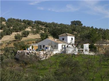 Villa for sale in Huetor-Tajar