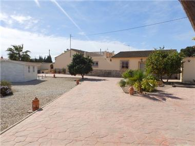 Villa for sale in San Javier